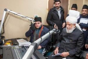 Inauguration-Voice-of-Islam-radio-numerique-Londres-Calife